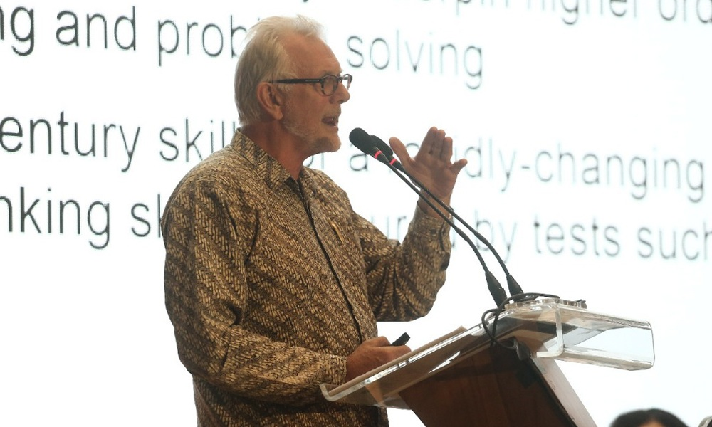 Guru Berperan Penting dalam Penyiapan Generasi Emas 2045