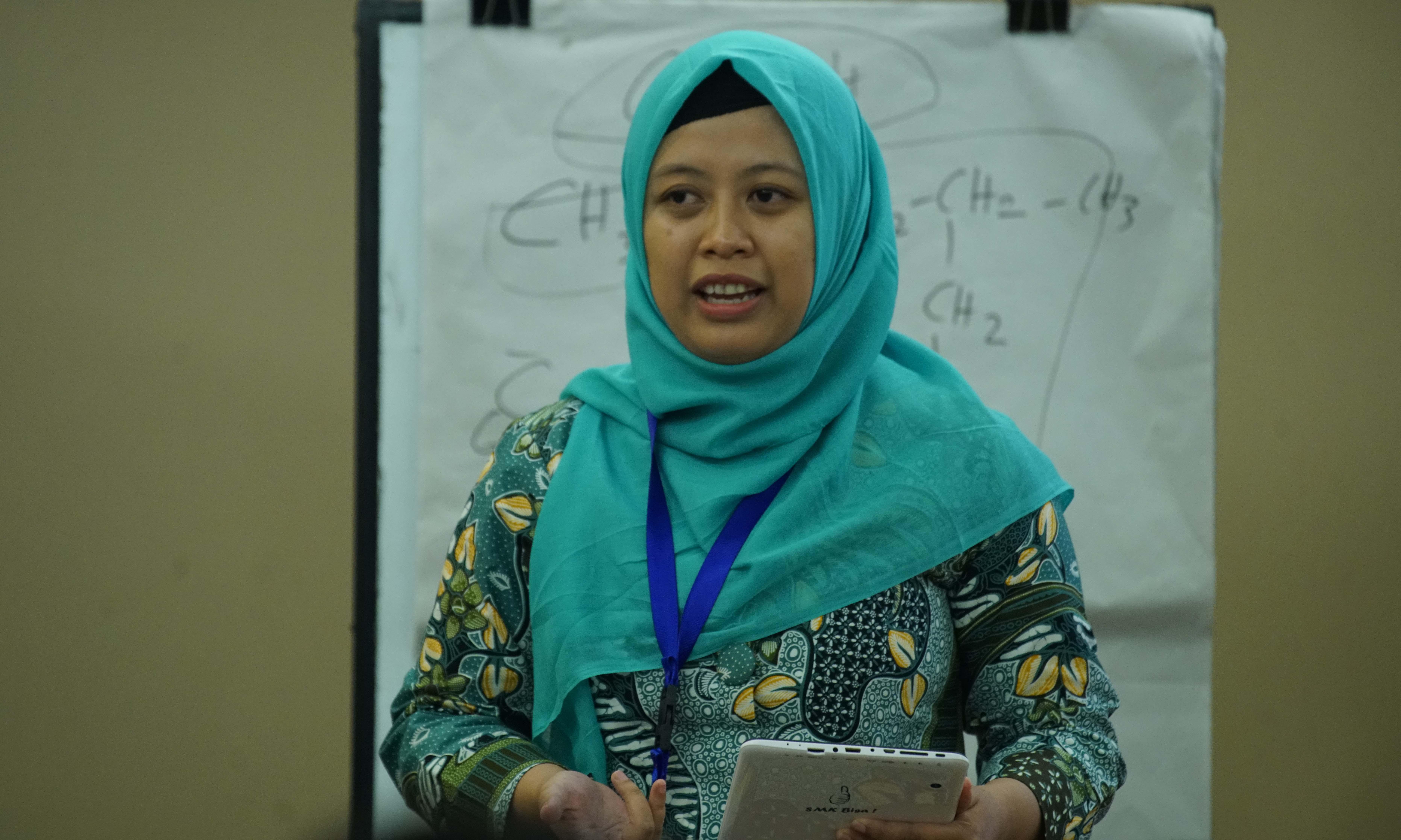 Inovasi Pembelajaran Bahasa Indonesia Melalui Aplikasi Buku Pelajar