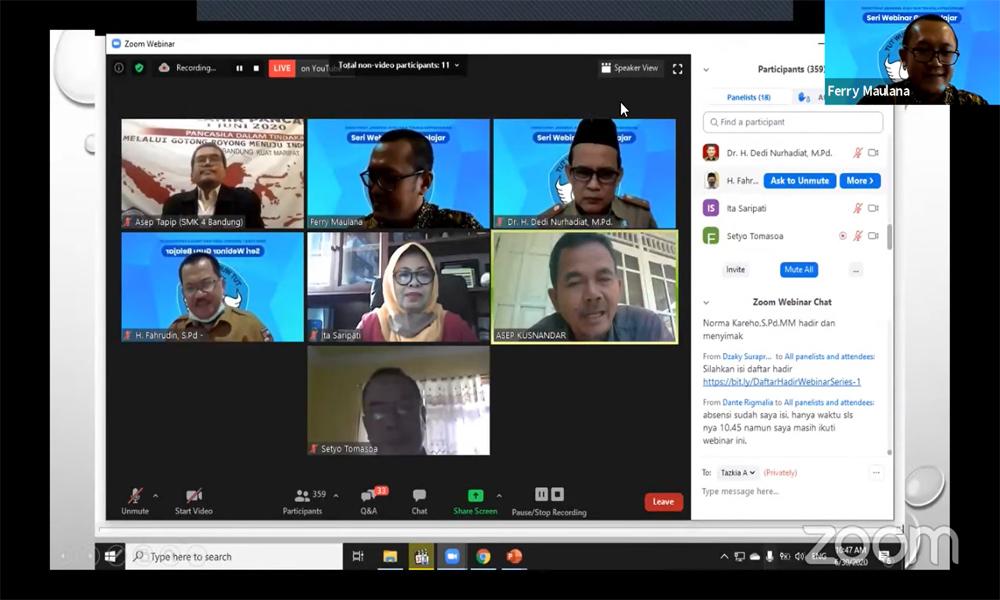 Menghidupkan Ruang Diskusi dan Pembelajaran Melalui Webinar Series