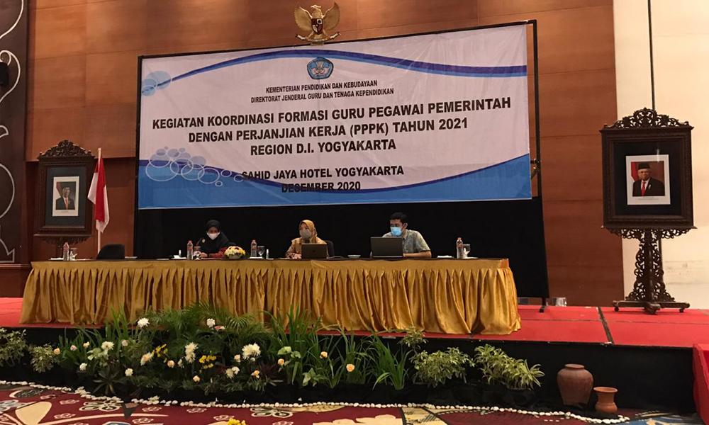 Persiapan Seleksi 1 Juta Guru PPPK Tahun 2021 Kemendikbud bersama dengan KemenPAN-RB dan BKN lakukan Koordinasi Formasi Guru PPPK dengan Pemerintah Daerah