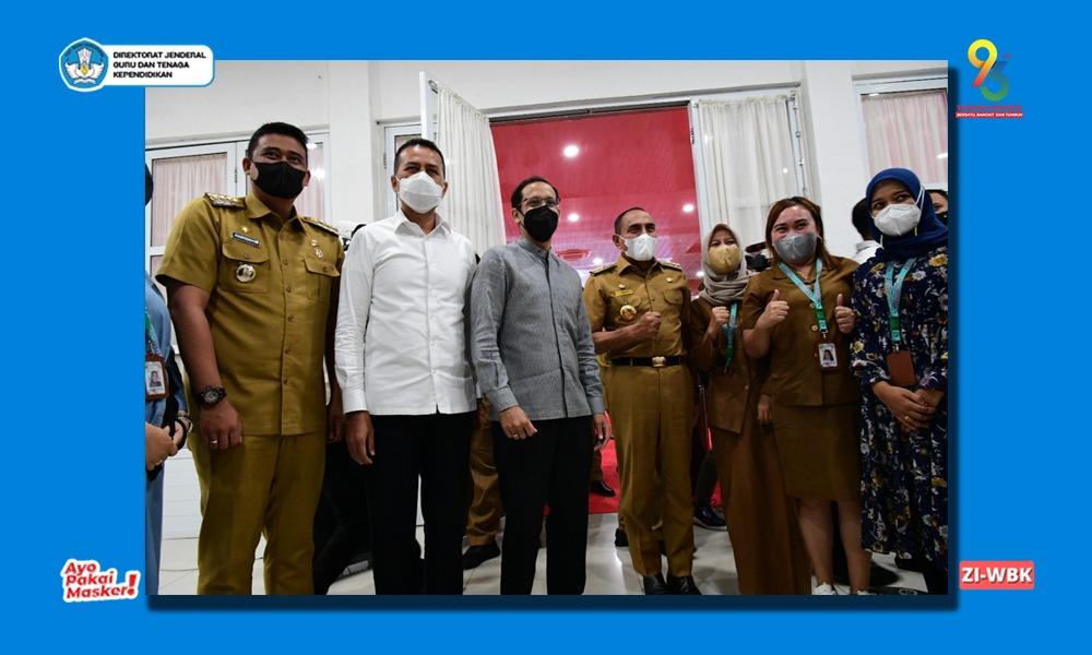Kunker ke Sumatra Utara, Mendikbudristek Dorong Akselerasi Vaksinasi PTK dan PTM Terbatas